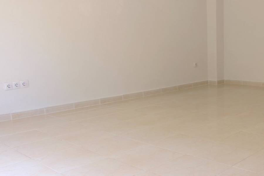 Dénia,Alicante,España,3 Bedrooms Bedrooms,1 BañoBathrooms,Pisos,9480