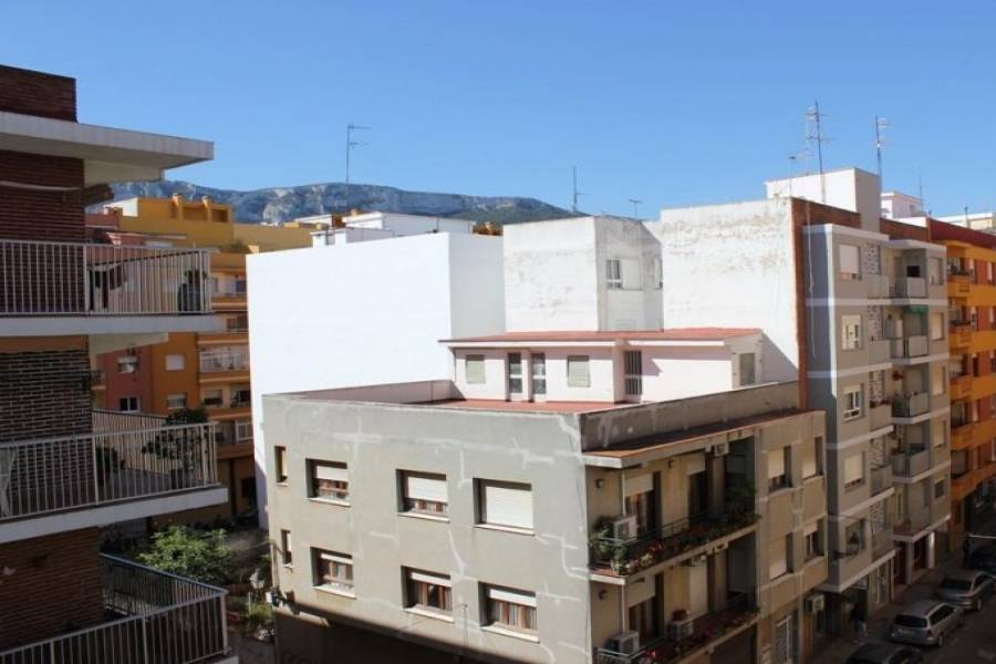 Dénia,Alicante,España,3 Bedrooms Bedrooms,1 BañoBathrooms,Pisos,9489