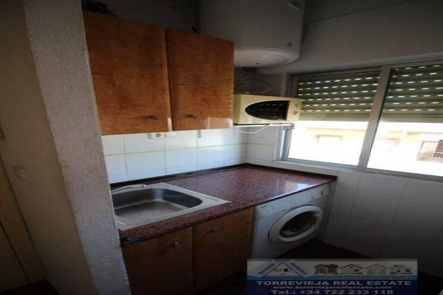 Torrevieja,Alicante,España,1 BañoBathrooms,Pisos,9493