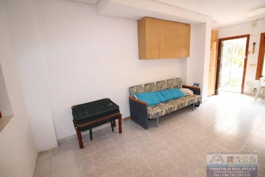 Torrevieja,Alicante,España,1 BañoBathrooms,Pisos,9495