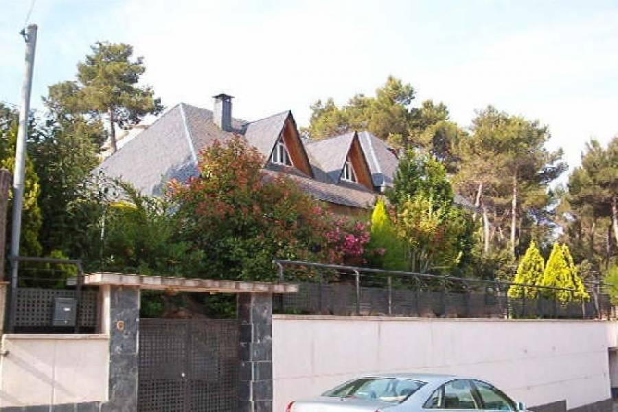 Corbera del Llobregat,Barcelona,España,6 Habitaciones Habitaciones,6 BañosBaños,Apartamentos,1686