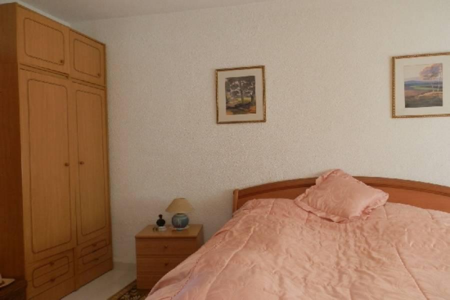 Peñiscola,Castellón,España,3 Habitaciones Habitaciones,1 BañoBaños,Casas,1698
